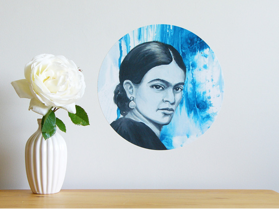 Frida Kahlo small dot wall decal