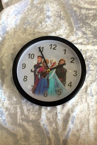 Frozen Clock - Black