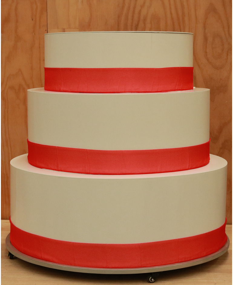 giant cake hire