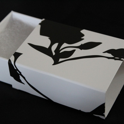 Gift Box - Flower & Fantail (Small)