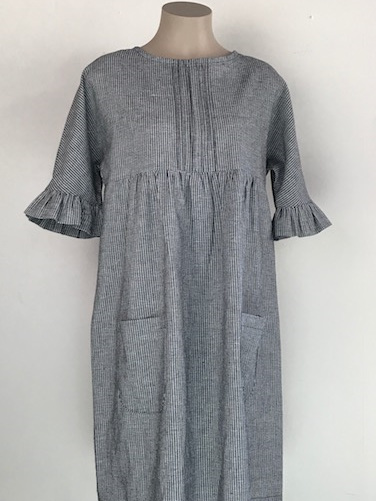 Gingham frill sleeve dress