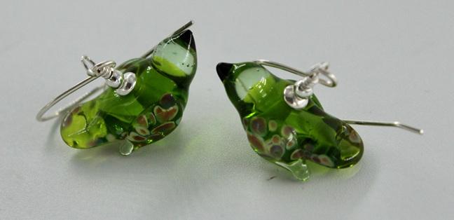 Glass bird earrings - grass green dark