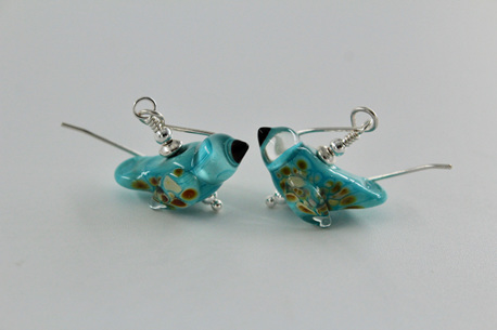 Glass bird earrings - Sky blue