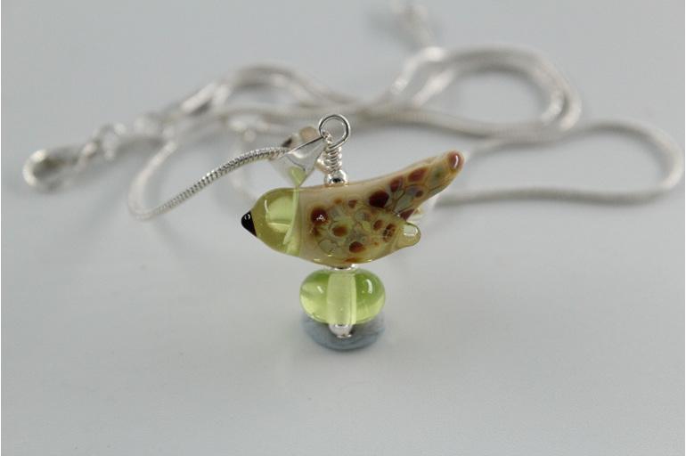 Glass bird pendant - yellow opal / pale green