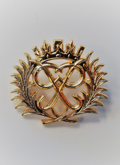 Gold Award Lapel Brooch