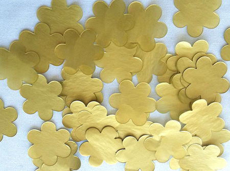 Gold flower confetti