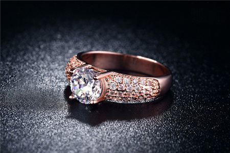 GOLD PLATED CRYSTAL TEMPTATION RING - US 8.5