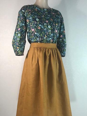 Golden Linen Midi skirt