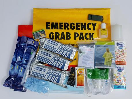 Grab 'n' Carry Essentials Pack