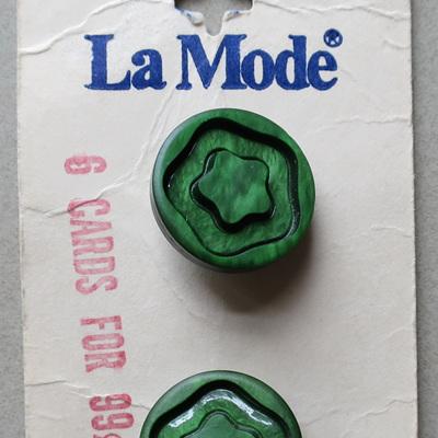 La Mode vintage buttons