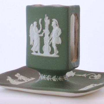 Green jasper ware match box holder
