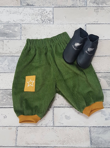 Green & Mustard Corduroy pants 0-3mnths