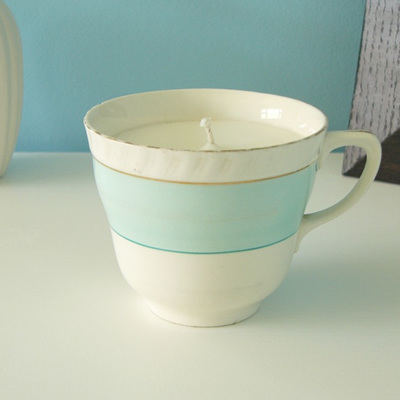 Green Tea and Lemongrass scented teacup candle
