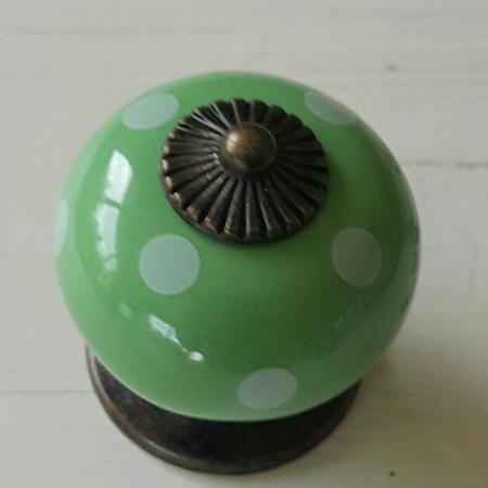 Green & White Spot Knob
