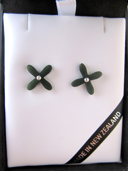 GS1093 Greenstone Tapa stud earrings.