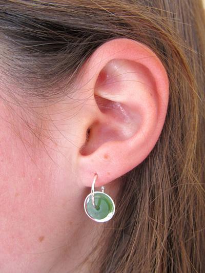 GS1109 Silver disc Greenstone earrings