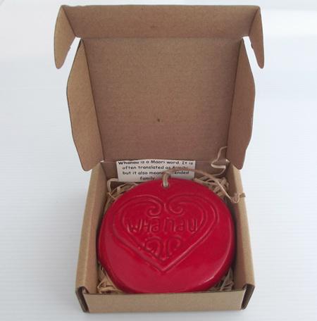 HA04WR Red Whanau Ceramic Will Art