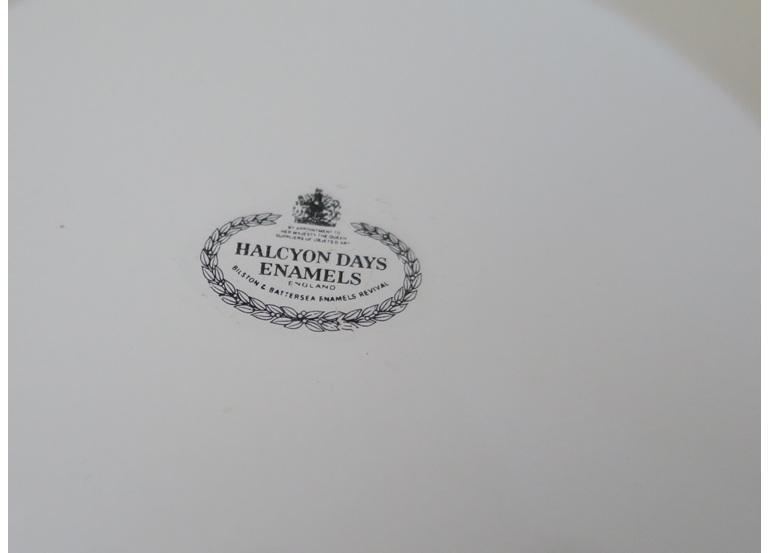 Halcyon Days pot pourri