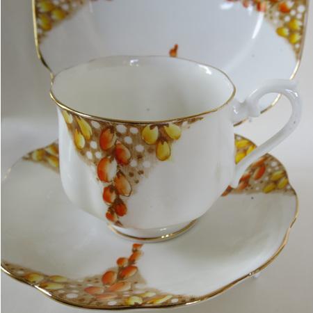 Hampton cup shape