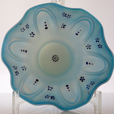 Hand blown Victorian dish