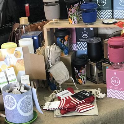 Handbags & Giftware