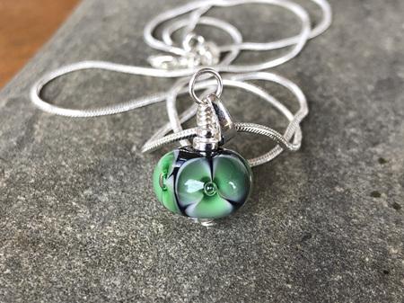 Handmade glass pendant - Bubble flower - Emerald