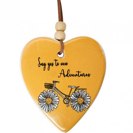HANG HEART DAISY ADVENTURE