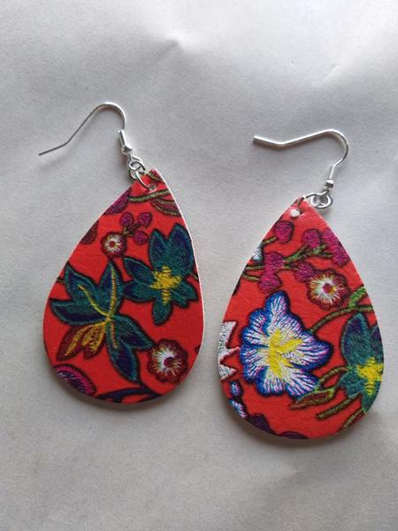 Hawaiian Red Teardrop Floral Earring