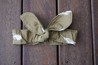 Head Band. 'Feathers, Olive', GOTS Organic Cotton, Size 0-3 months