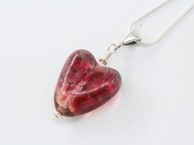 Heart pendant - Gold pink frit