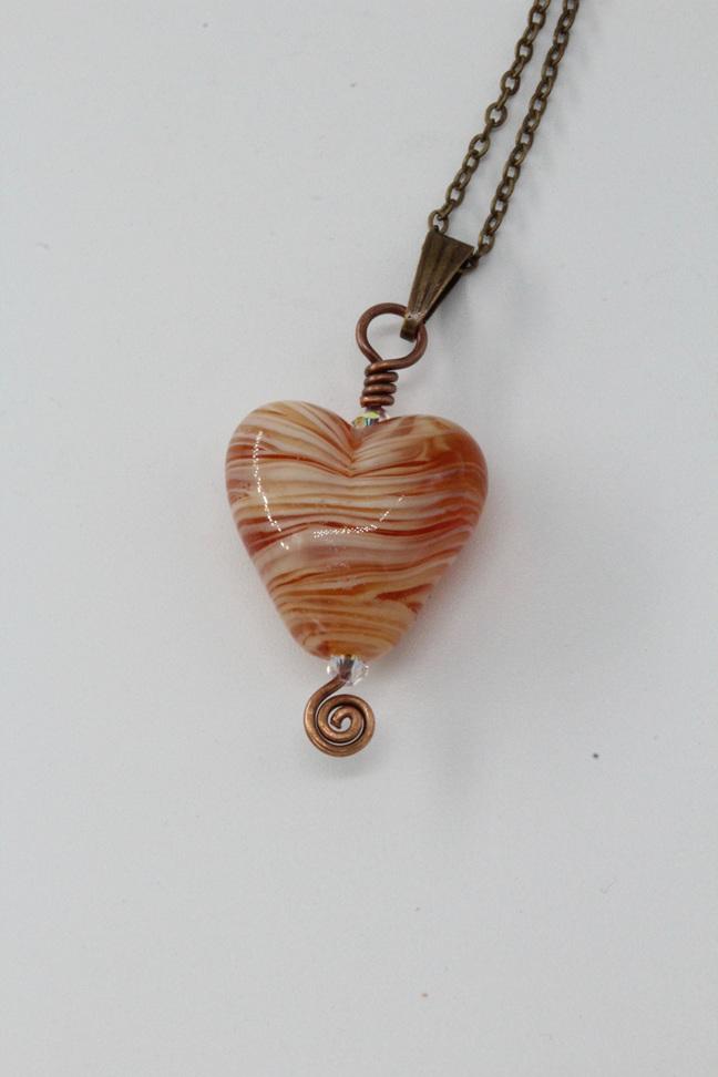 Heart pendant - Ivory/Light brown