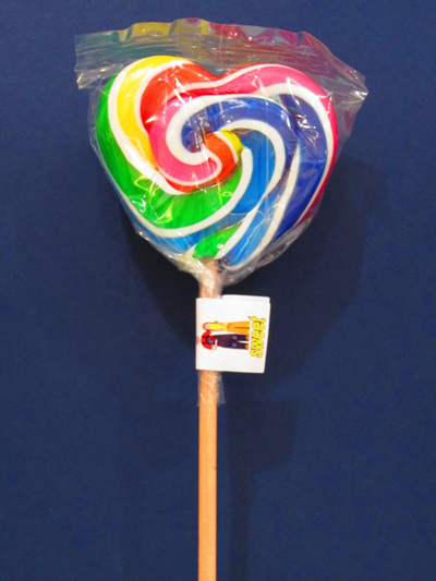 HEART POP, WHITE & RAINBOW STRIPE, COLA FLAVOUR, 8cm.