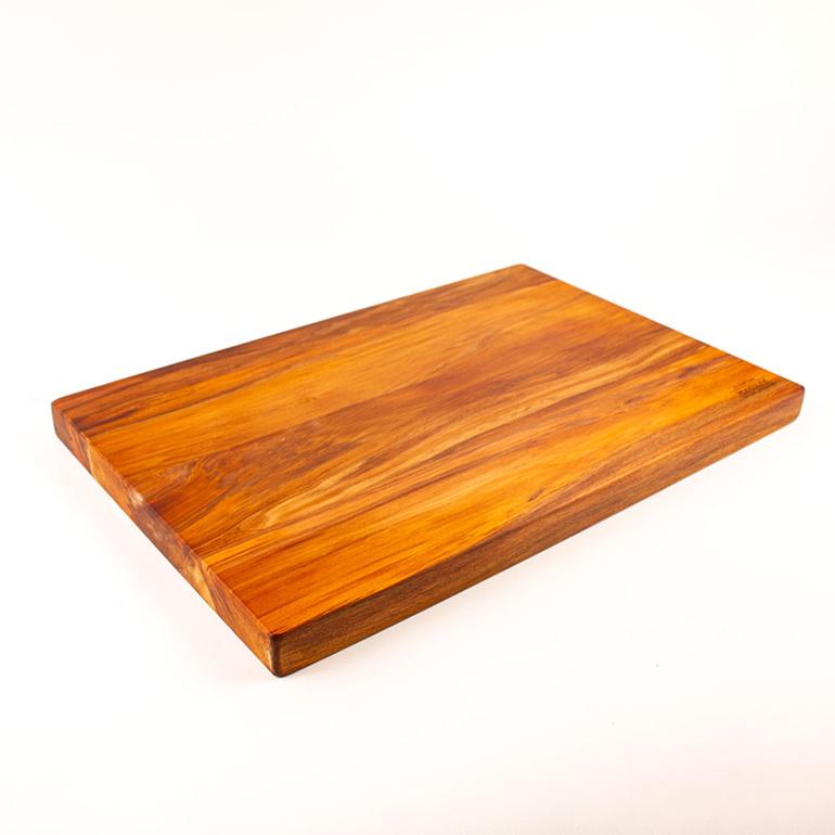 heart rimy chopping board 450 x 300 x 30