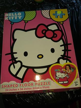 HELLO KITTY SHAPED FLOOR PUZZLE 50pc