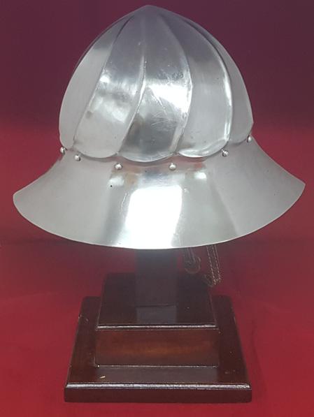 Helmet 23 - Burgundian Kettle Hat