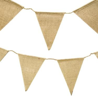 Hessian- buntings, table runners, drink bags