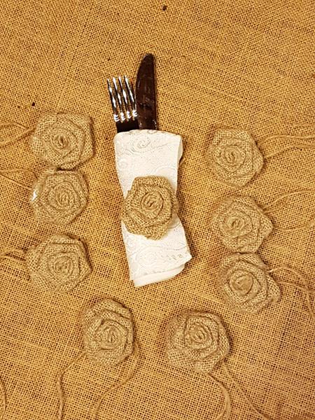 Hessian Roses 6cm