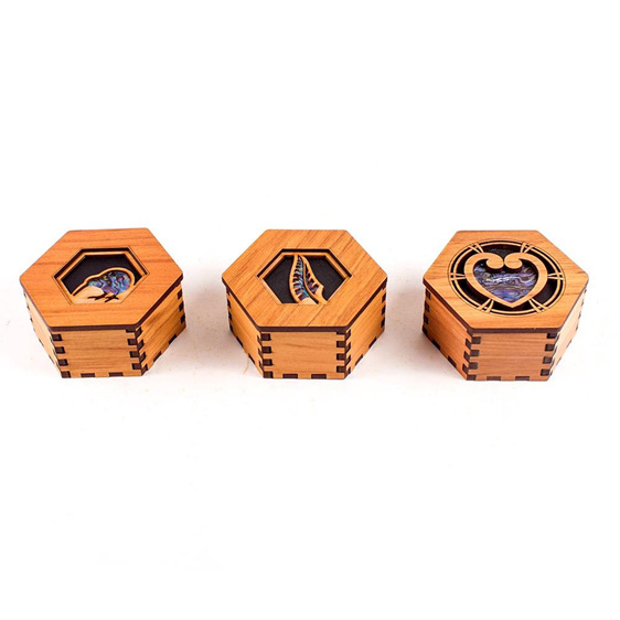 Hex Box with Paua