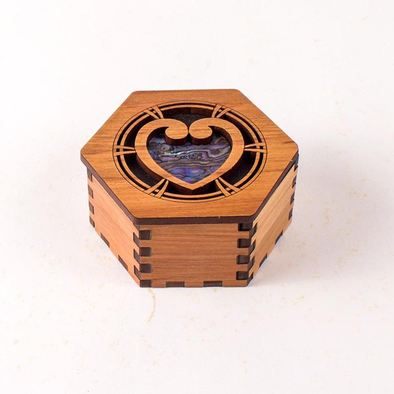 hex box with paua - heart