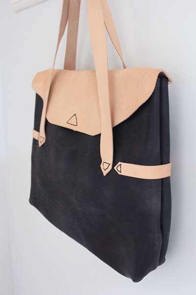 Hierloom Shoulder Bag
