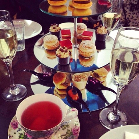 High Tea Honeys First Birthday at Louis Sergeant Sweet Couture
