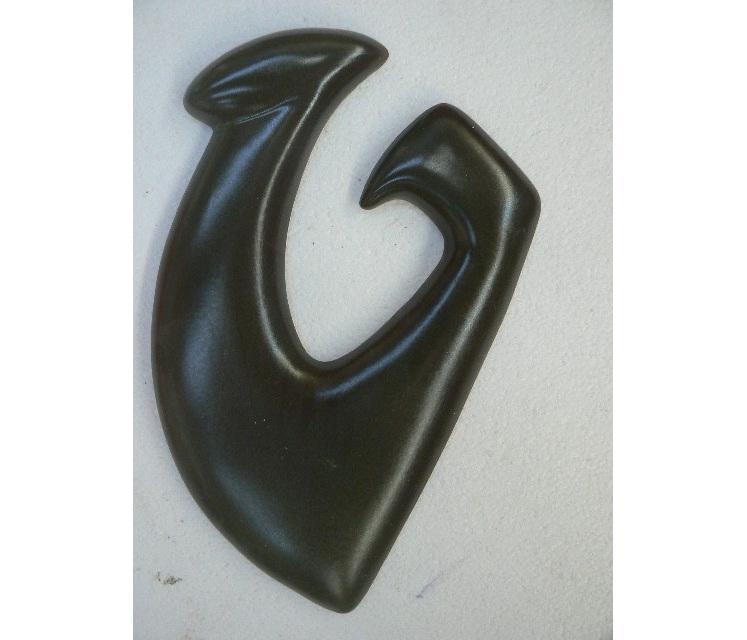 Hook wall hanging, NZ art collectable, ceramics
