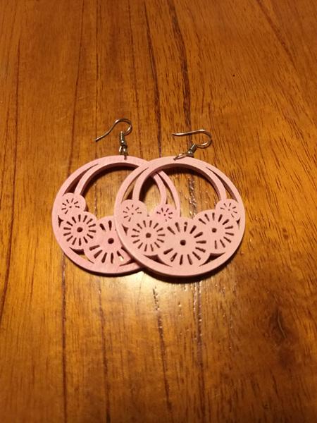 """HOPE"" Wooden Earrings - Light pink"