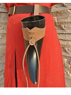 Horn Accessory 2 - Medium Sized Leather Belt Holder for Drinking Horns