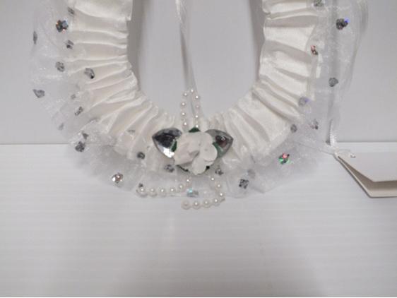 horseshoe#wedding#white#bridal