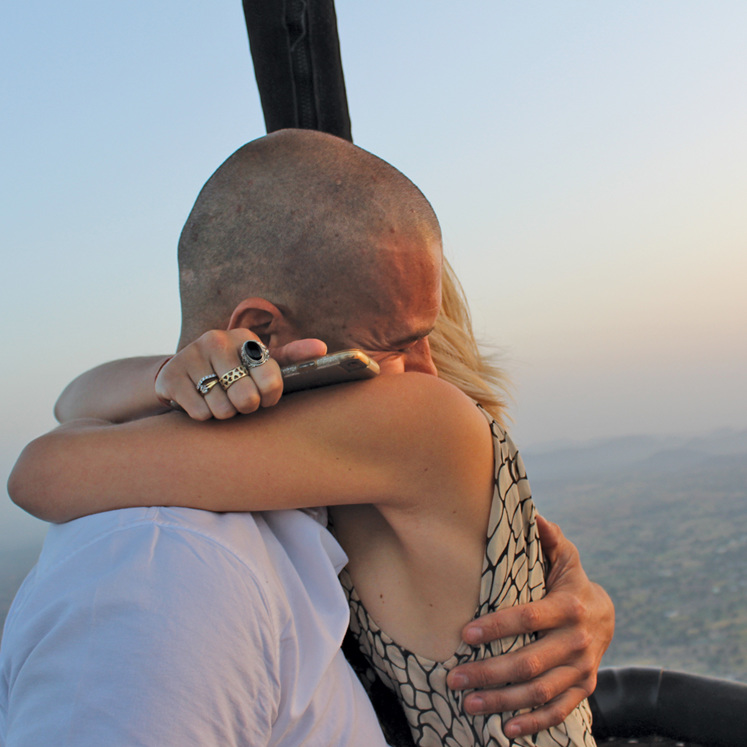 hot air balloon engagement proposal romantic travel India