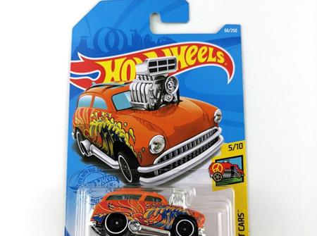 Hot Wheels HW Art Cars Surf 'N Turf