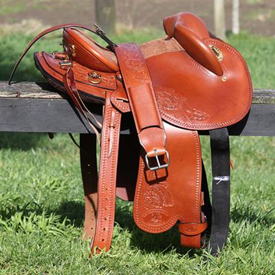 HP Swinging Fender Saddle
