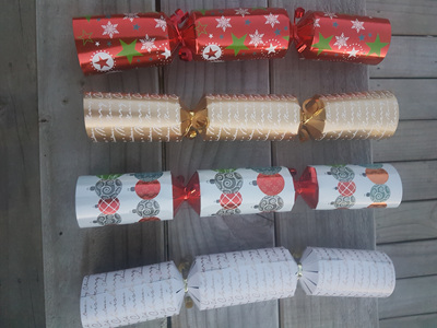 Individual  Christmas Crackers , choose how many you would like - 4 designs available