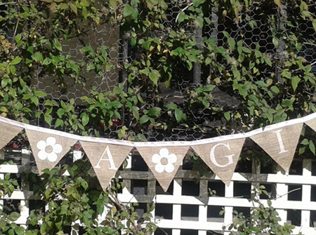 'IT'S A GIRL' hessian bunting